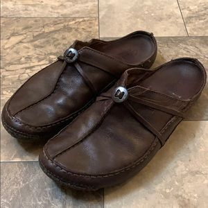 Clark's Brown Leather Button Mules Slide On Shoes